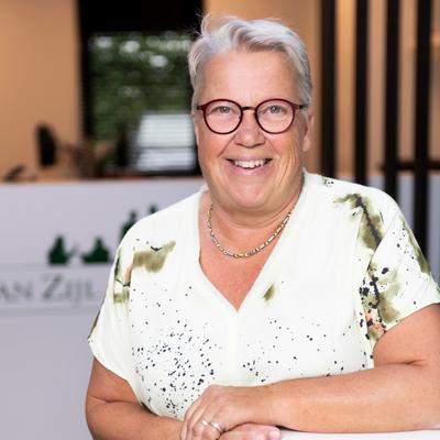 M.J.G. (Marijke) van Zijl-van der Burgt (financiële administratie)