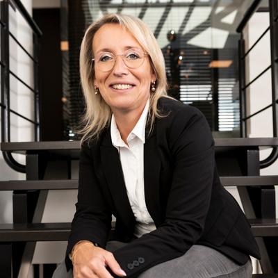 F.A. (Sandra) Fonken-Wolfswinkel (juridisch secretaresse)